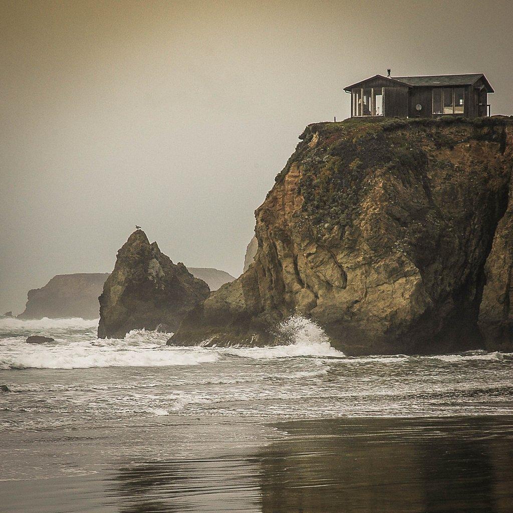 Cabin at the Sea